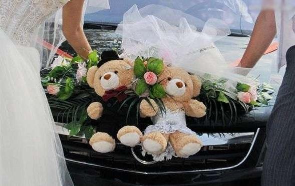 Свадебные украшения на машину ручной работы. Фото 4.