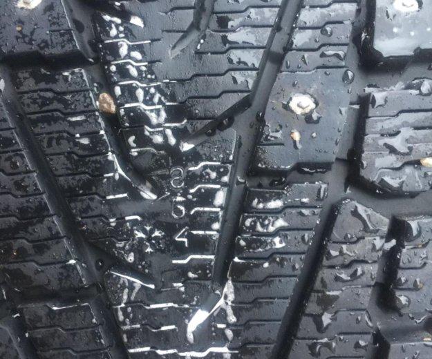 Комплект зимних шин на оригинальных дисках toyota. Фото 3. Подольск.