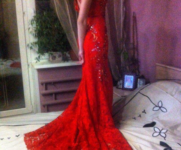 Платье выпускное. Фото 1.