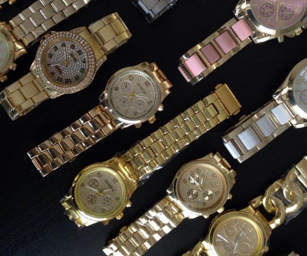 Часы цены от 1000 р до 1300. Фото 1. Тюмень.