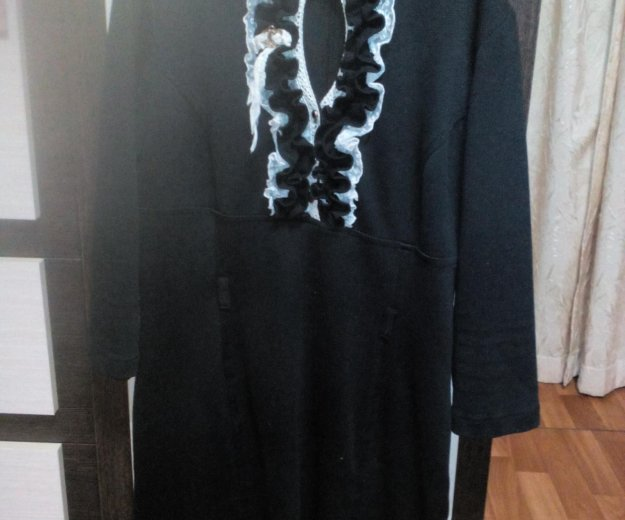 Платье женскон. Фото 2. Батайск.