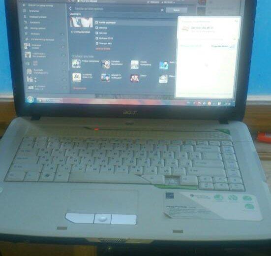 Ноутбук acer (телефон sony ). Фото 1.