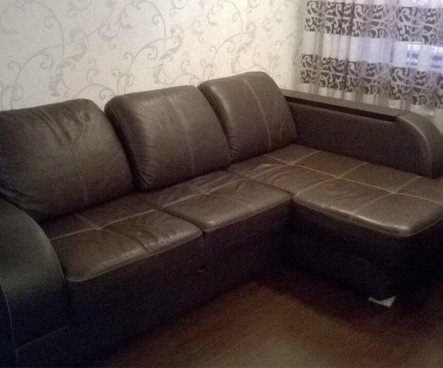Угловой диван. Фото 1. Подстепки.