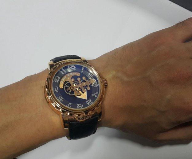 Фирменные мужские часы. Фото 2. Казань.