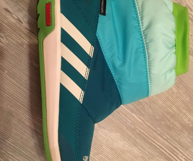 Ботинки adidas. Фото 2. Москва.