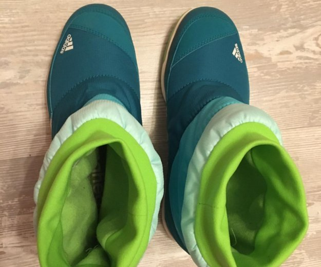 Ботинки adidas. Фото 4. Москва.