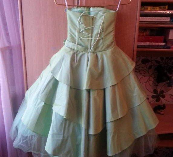 Красивое платье. Фото 2. Кавалерово.