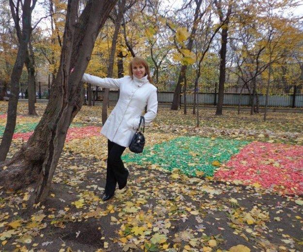 Пальто белое р 46. Фото 1. Москва.