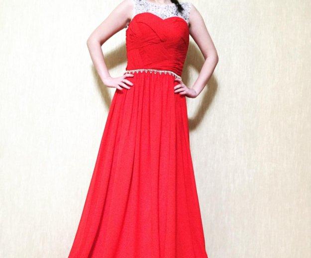 Роскошное вечернее платье. Фото 2.