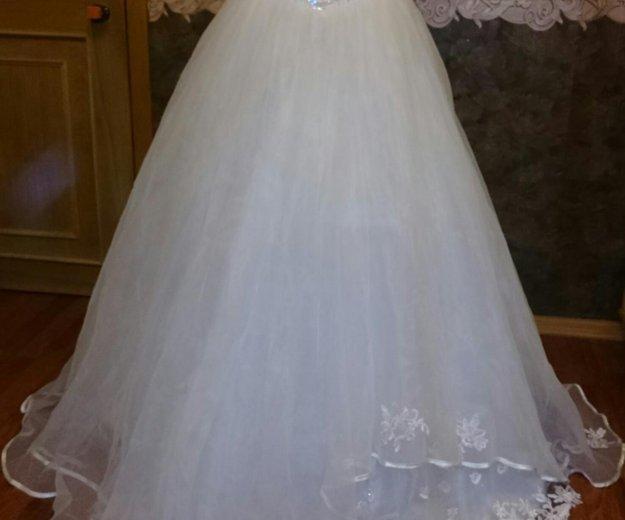 Платье свадебное р42-44. Фото 2. Санкт-Петербург.