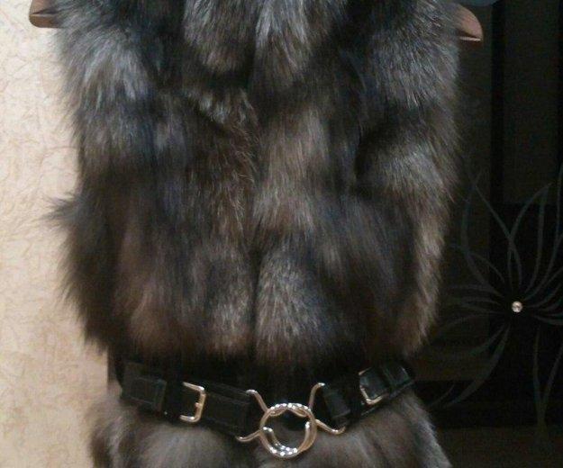Меховая жилетка из чернобурки. Фото 2. Санкт-Петербург.