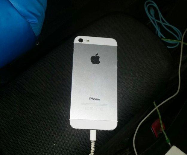 Iphone 5. Фото 1. Южно-Сахалинск.