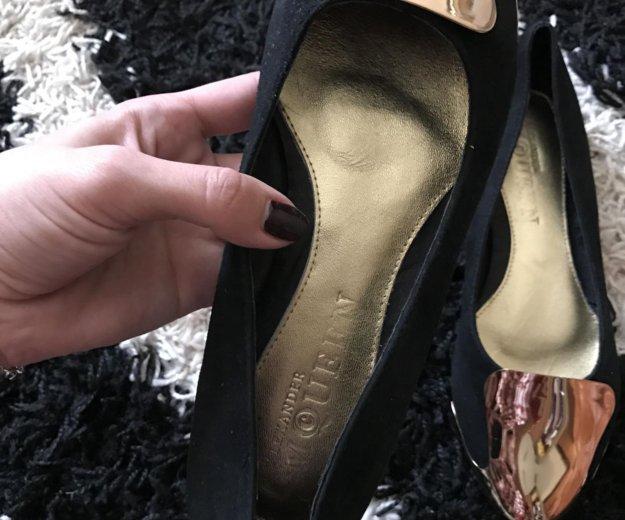 Новые туфли alexander mcqueen р 38. Фото 1. Хабаровск.
