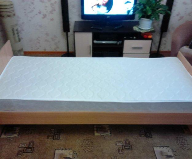 Кровать +матрас. Фото 2.
