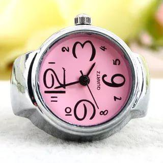 Часы кольцо. Фото 1.