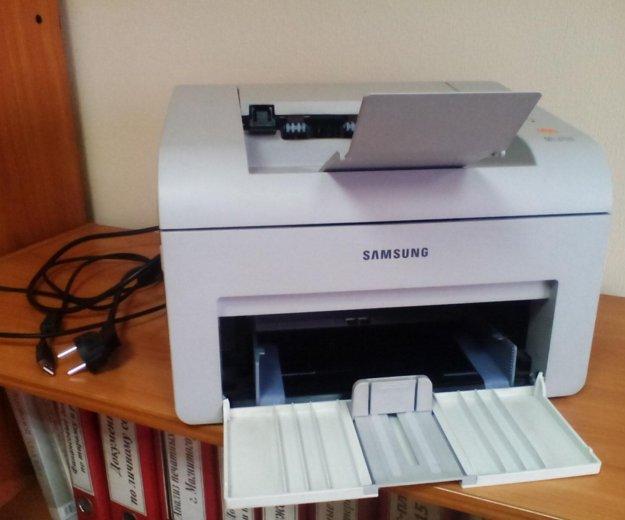 Принтер лазерный samsung ml-2510 (шнуры 220в, usb). Фото 1. Магнитогорск.