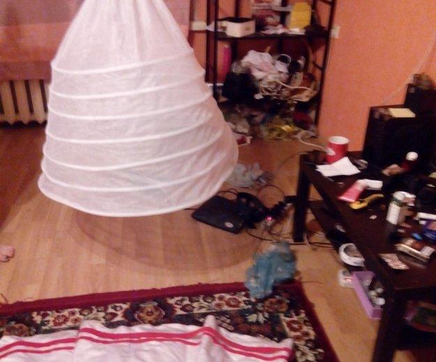 Свадебное платье с аксессуарами отдам почти даром. Фото 2. Москва.
