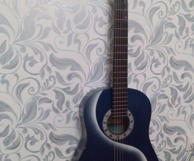 Акустическая 6 струнная гитара. Фото 1. Тюмень.