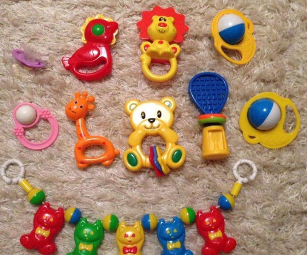 Погремушки и игрушки для малыша. Фото 1. Новосибирск.
