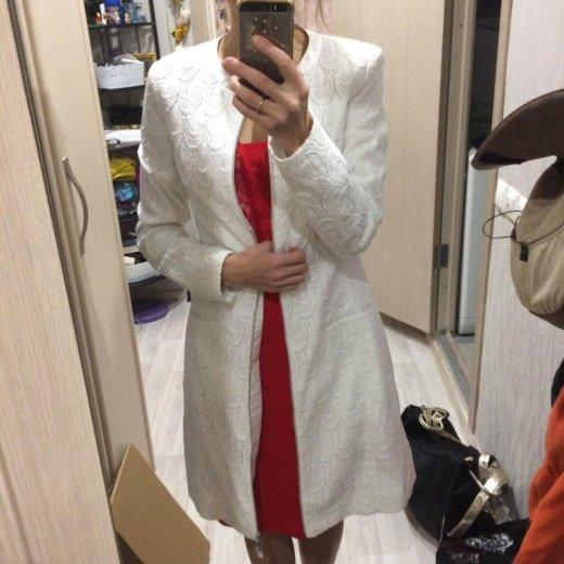 Белое пальто оджи размер 38(наш 44) примерка!. Фото 1. Москва.
