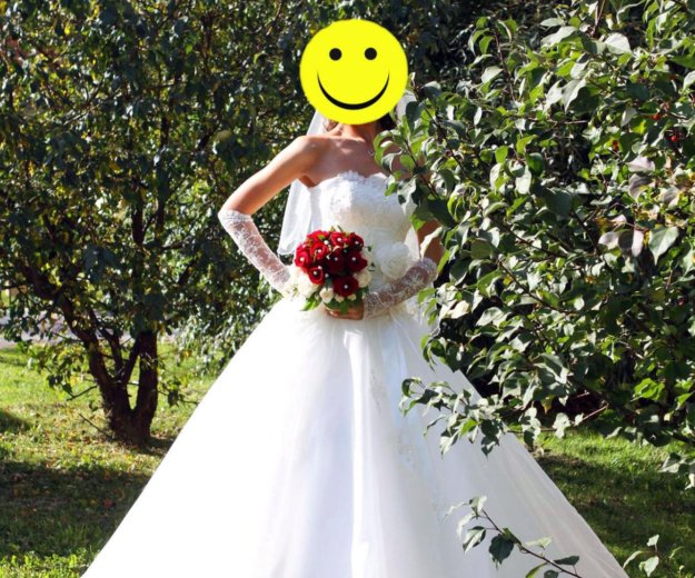 Свадебное платье (перчатки и фата в подарок). Фото 1. Томск.