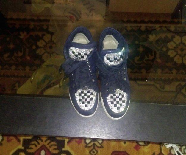 Детские ботинки,, сникерсы размер 23. Фото 1. Усть-Кут.