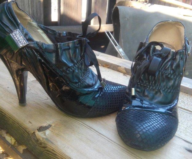 Обувь. Фото 2. Новый Городок.