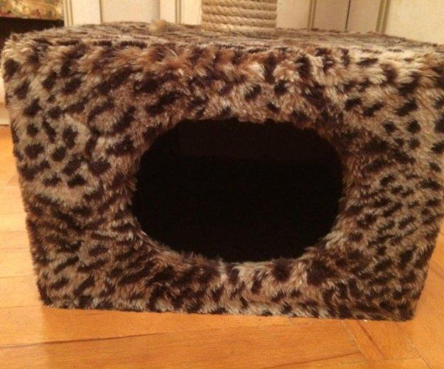 Домик для кошки с когтеточкой. Фото 3.