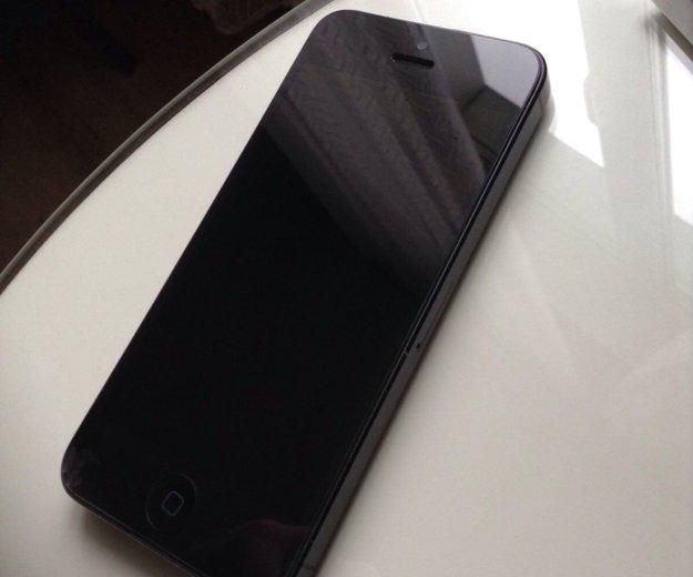 Iphone 5. Фото 2.