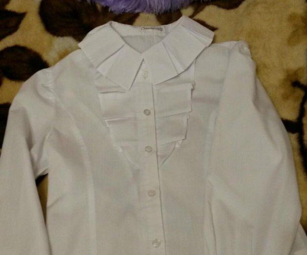 Белая рубашка с длинным рукавом. Фото 1. Троицк.