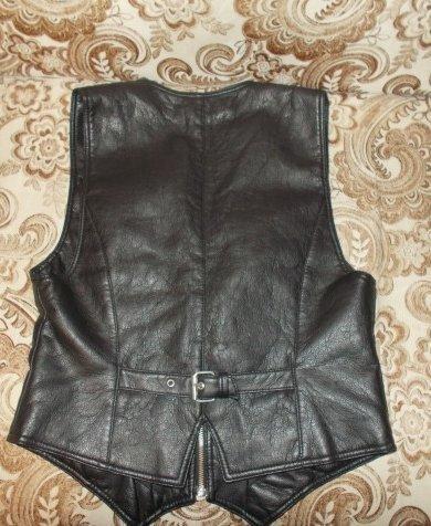 Кожаный женский жилет. Фото 2. Новосибирск.