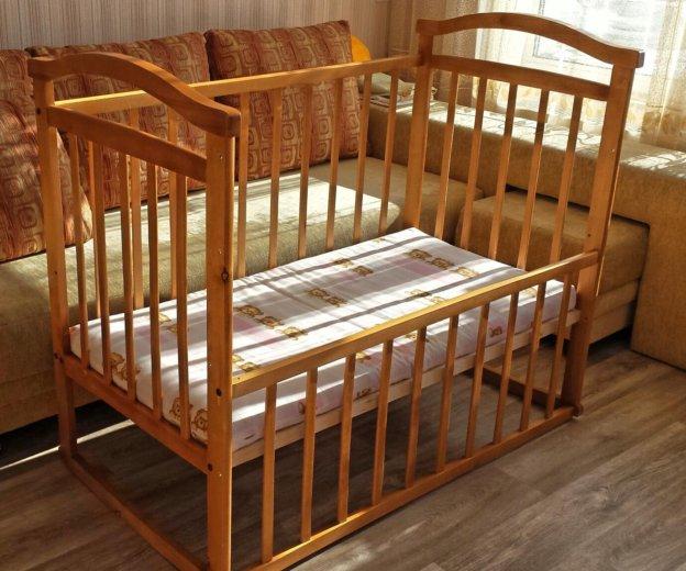 Кроватка с матрасом и бортиками. Фото 1. Новосибирск.