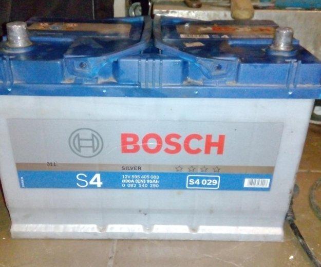 Аккумулятор bosch s4. Фото 1.