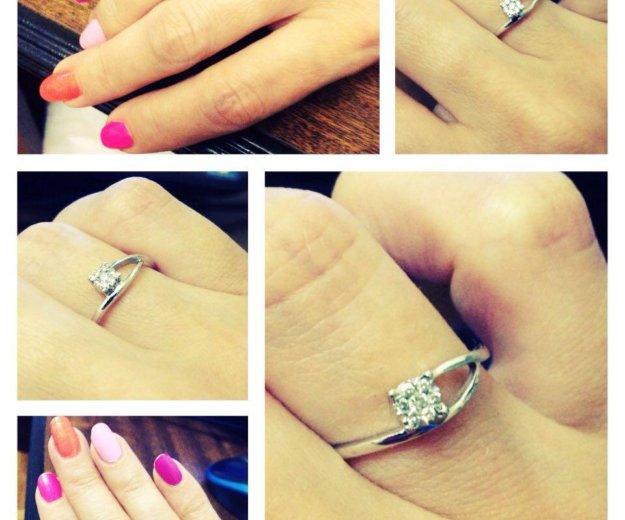 Кольцо из белого золота с бриллиантами. размер 15. Фото 2. Москва.