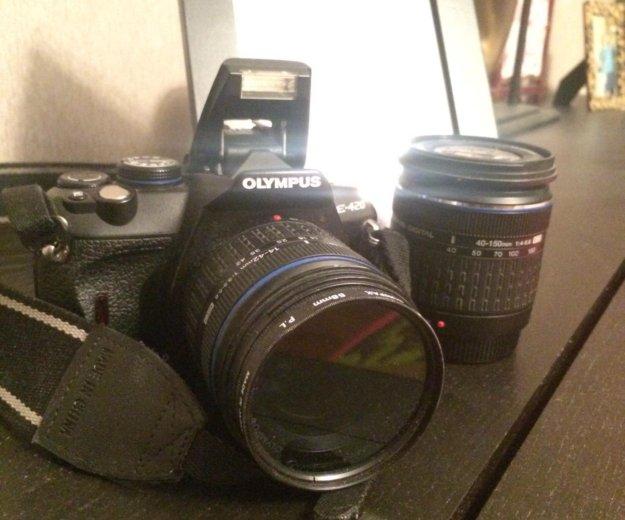 Olumpus e-420 два объектива. Фото 1. Москва.