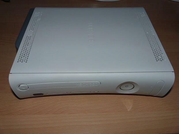 Xbox360. Фото 1. Домодедово.