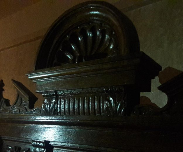 Антикварный книжный шкаф. Фото 3. Москва.