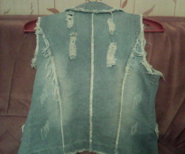 Жилетка и шорты джинсовые,48р-р. Фото 1.
