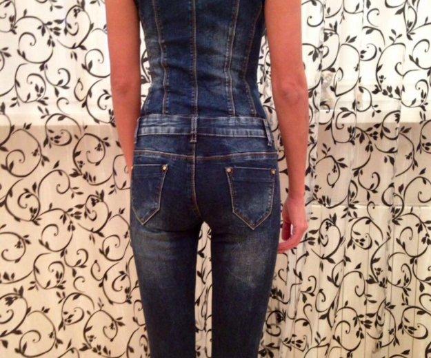 Дизайнерский джинсовый комбинезон из италии. Фото 1. Москва.