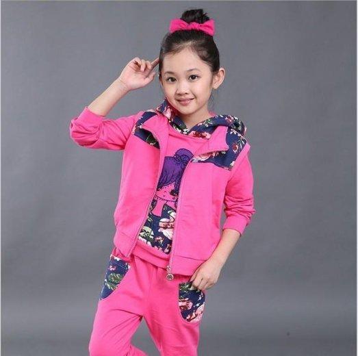 Спортивный костюм для девочки. Фото 1. Владивосток.