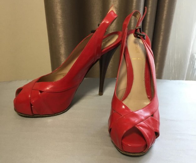 Туфли fendy италия. Фото 1.