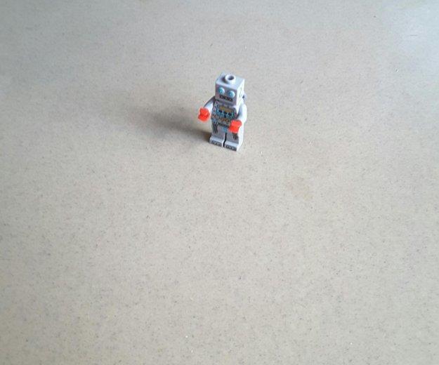 Минифигурка лего робот. Фото 1. Екатеринбург.