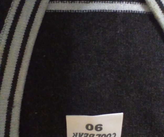 Пуловеры на мальчика, от 1.5 до 2.5. Фото 1. Саратов.