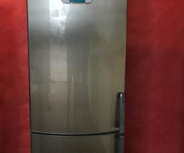 Холодильник вирпул. Фото 1.
