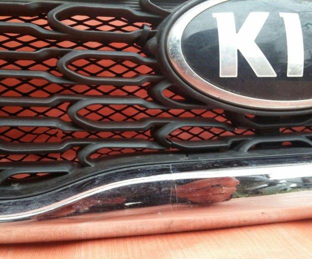 Решетка радиатора kia sorento c 2012 года оригинал. Фото 3. Ногинск.