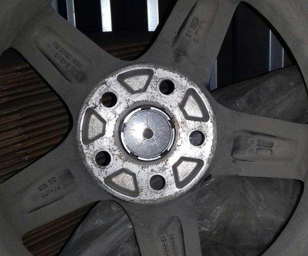 Зимнея резина на дисках. Фото 4.