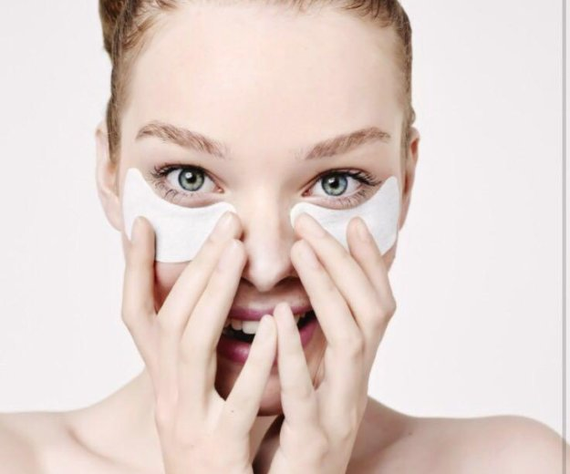 Коллагеновая маска для глаз. Фото 1. Москва.