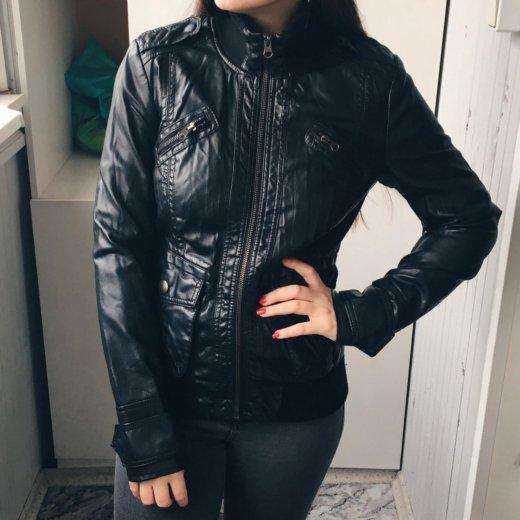 Кожаная куртка. экокожа. Фото 1.