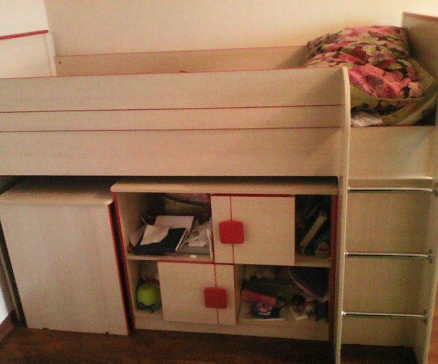 Продам кровать-чердак,стол и шкафчики. Фото 1. Жуковский.