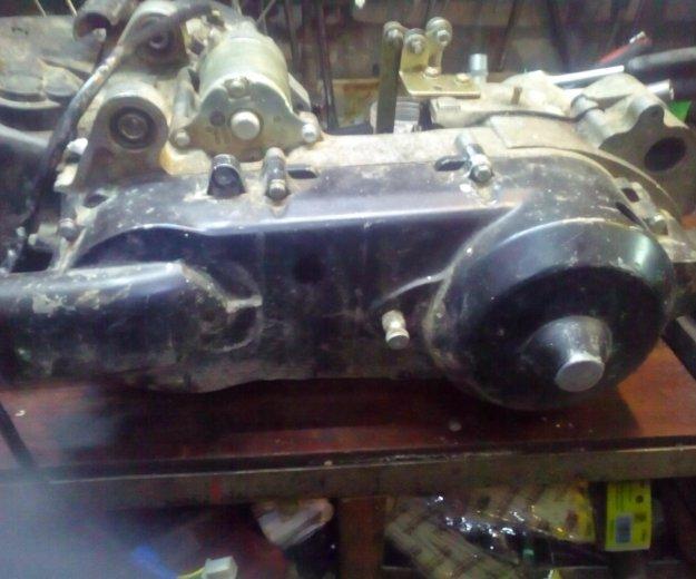 Двигатель от квадроцикла. Фото 2.